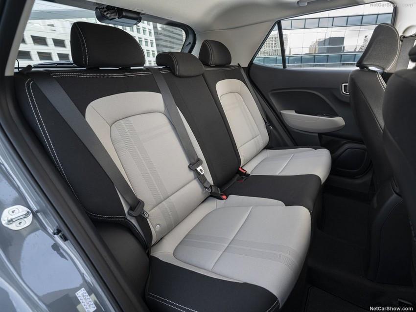 Hyundai-Venue-2020-1024-26.jpg
