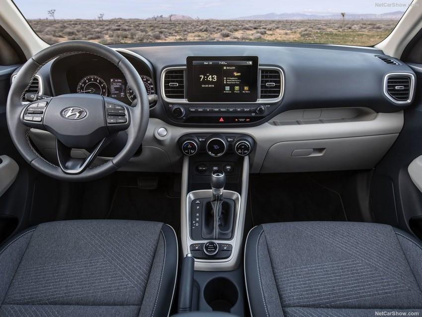 Hyundai-Venue-2020-1024-22.jpg