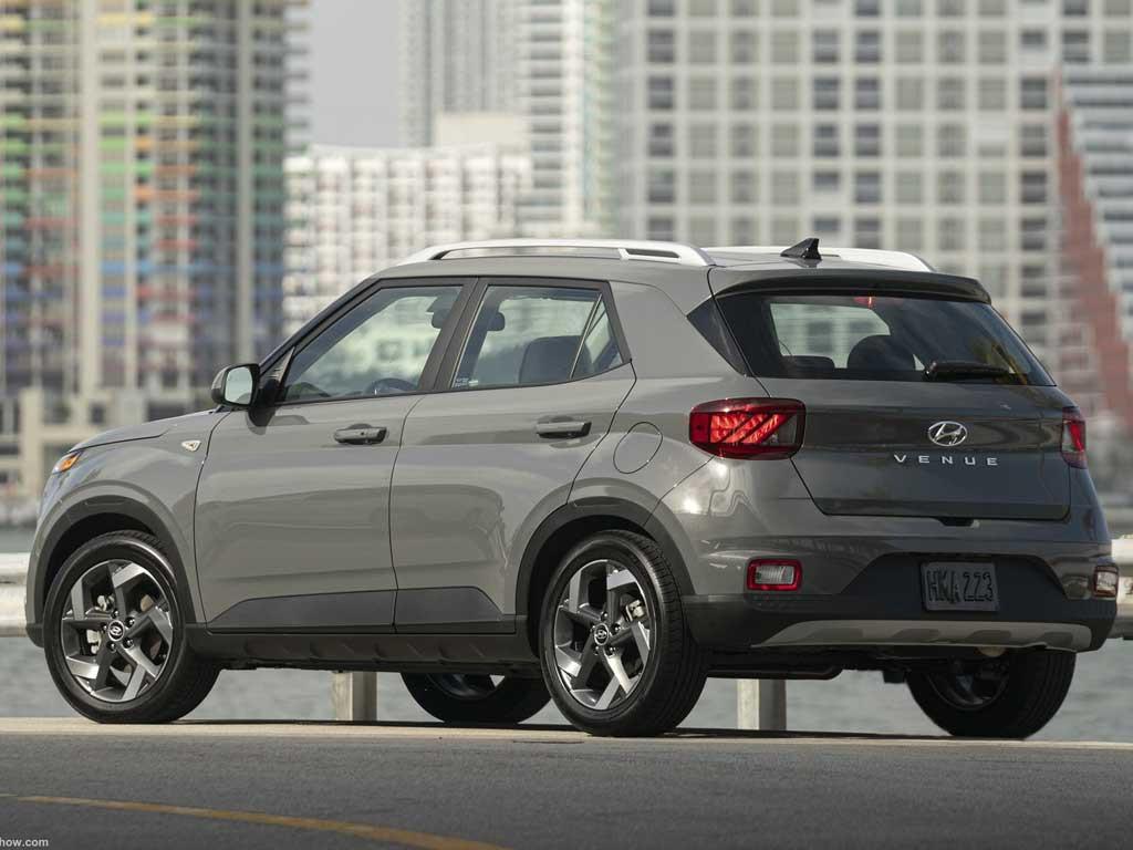 Hyundai-Venue-2020-1600-17.jpg