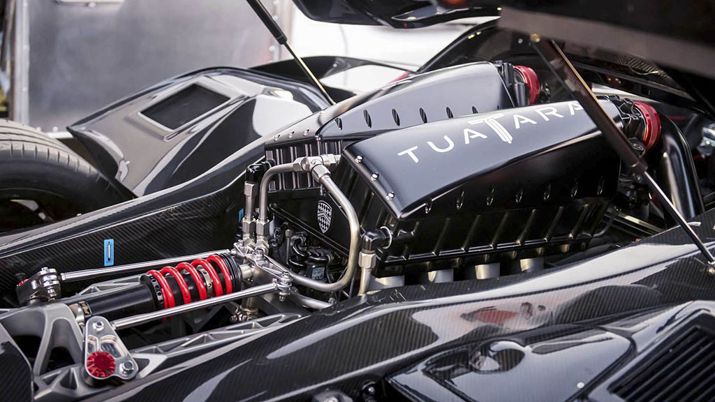 ssc-tuatara-becomes-the-fastest-production-car03.jpg