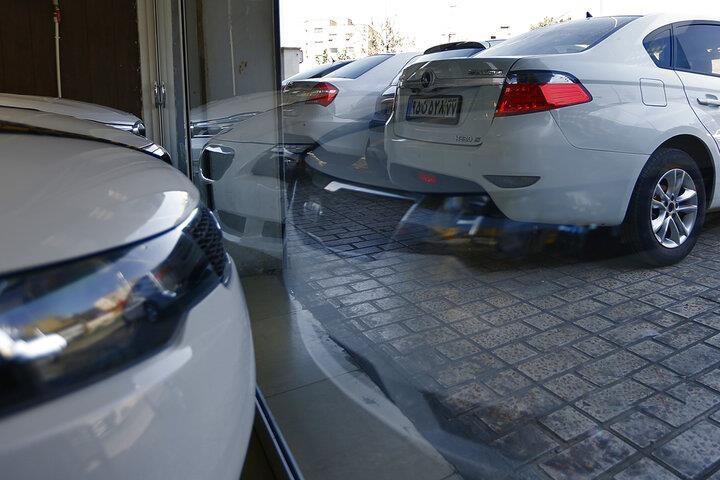 ارزان شدن  ۳۰ درصدی خودرو ، مشتری در بازار نیمه تعطیل پیدا نمی شود
