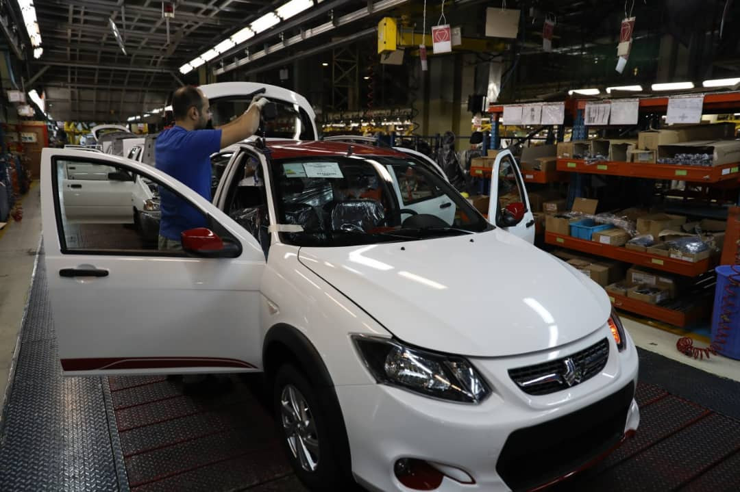 کمرنگ شدن رشد تولید خودروها با تقاضای کاذب در بازار