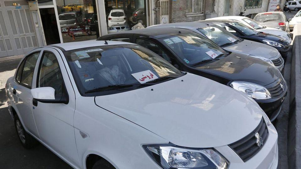 نگاه به قیمت جدید برخی از خودروها در بازار تهران - 21 بهمن 99