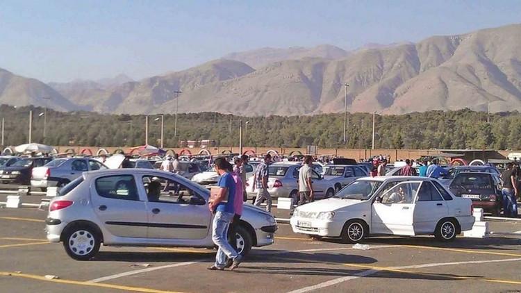 تردید خریداران در روند بازار خودرو - قیمت جدید برخی از خودروها