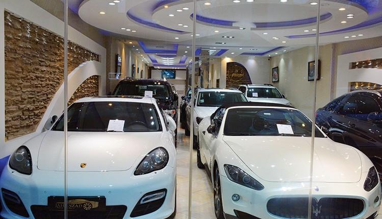 آیا گرفتن مالیات از خودروهای لوکس، بازار آنها را کسادتر نمی کند؟