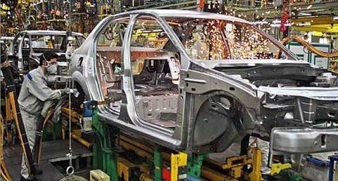 شرکت های خودروساز منتظر ورق فولاد برای تولید خودرو