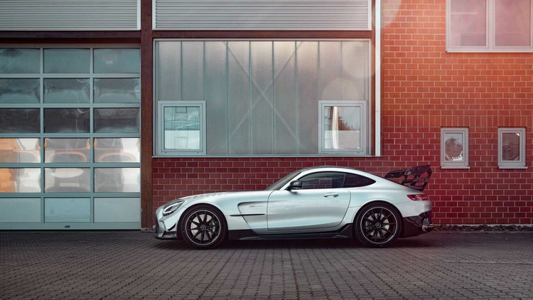 mercedes-amg-gt-black-series-by-opus2.jpg