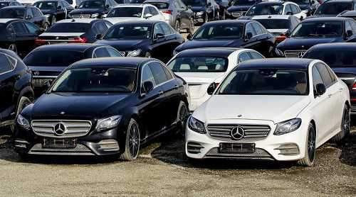 می بایستی برای واردات قطعات خودروهای خارجی چاره اندیشی شود