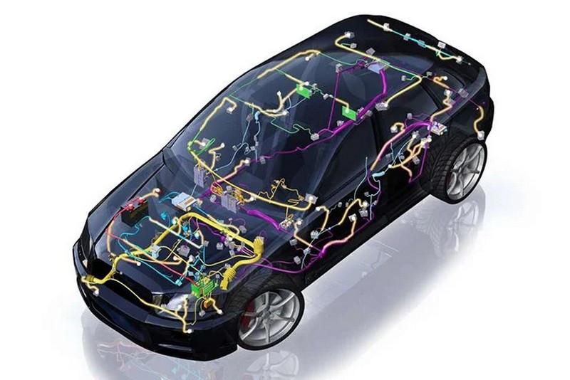 هشدار ایرانخودرو: دستکاری سیستم الکتریکی و ایسیو خودروها خطرساز است