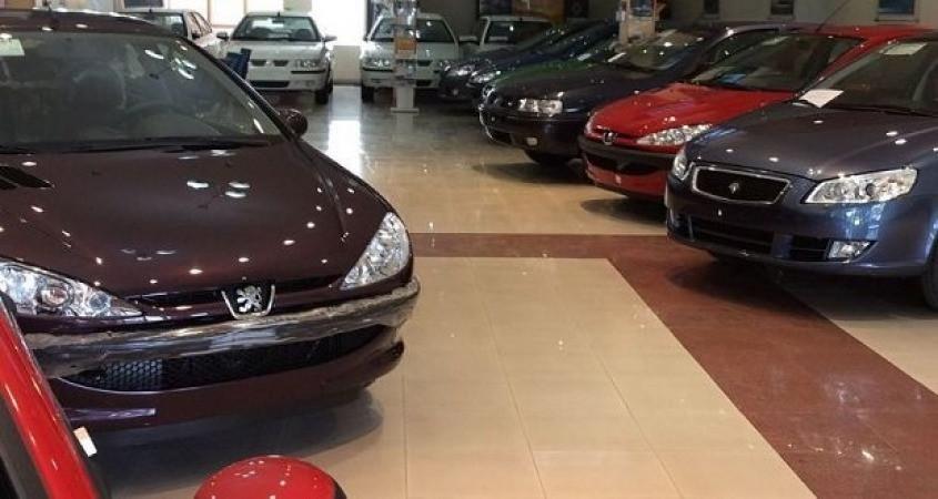 قابل رقابت بودن قیمت کارخانهای خودروهای داخلی  با مشابه خارجی