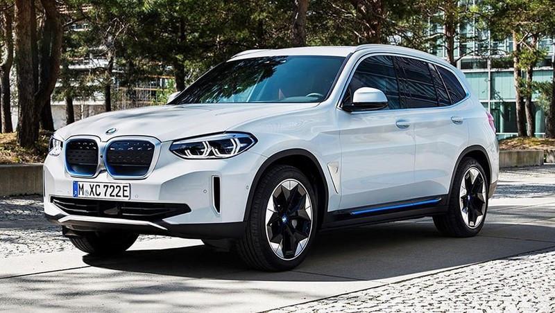فروش کراس اوور برقی BMW iX3 مدل 2022 + عکس