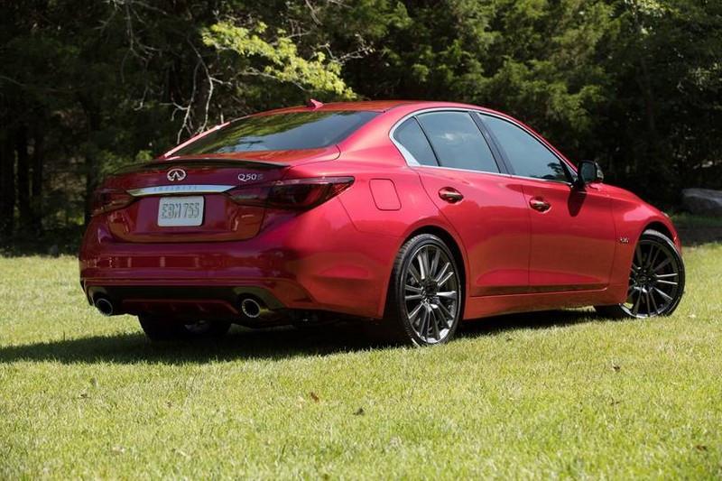 2021_infiniti_q50_sedan_red-sport-400_rq_oem_6_815.jpg