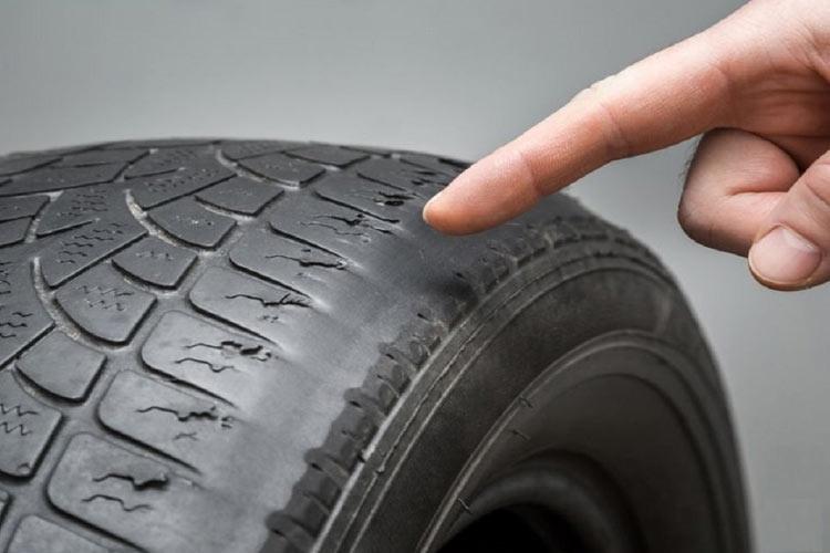 دلیل لاستیک سایی در خودرو چیست؟ چطور می توان از آن پیشگیری کنیم؟
