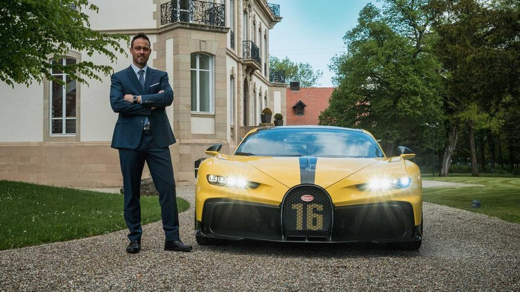 Bugatti-Smartwatch-13.jpg