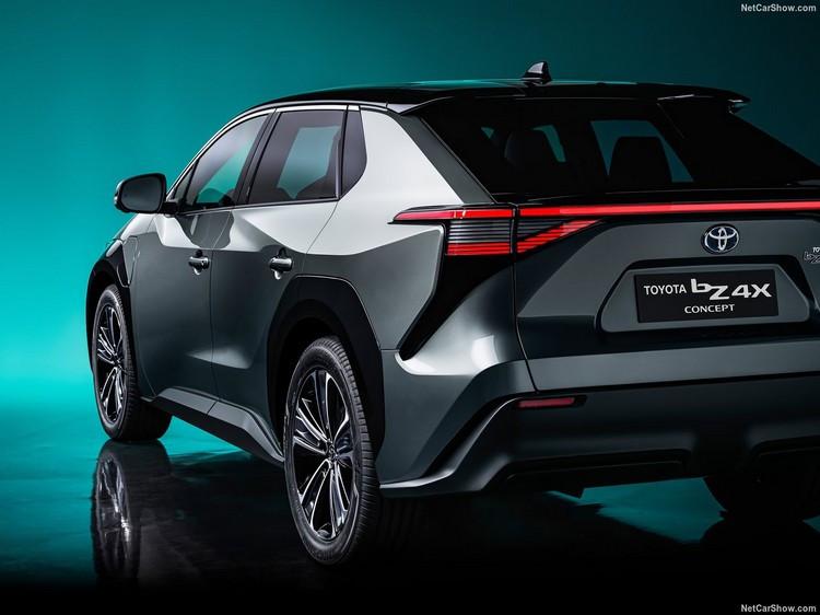 Toyota-bZ4X_Concept-2021-1.jpg