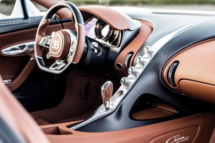 Bugatti-Chiron-26.jpg