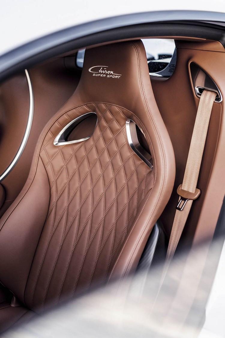 03-15_-Bugatti-Chiron-Super-Sport-_Molsheim_Seat_HR.jpg
