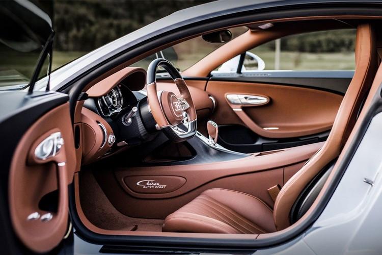 Bugatti-Chiron-25.jpg