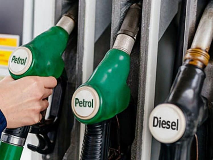 diesel_v_petrol_01.jpg