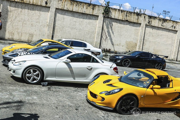 Philippines-Smuggling-Crush-15.jpg