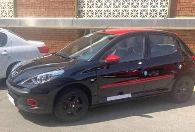 انتشار اولین تصویر از پژو 207 دو رنگ ایران خودرو