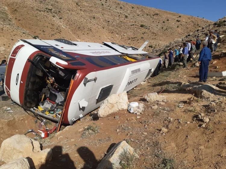 عامل اصلی سوانح اتوبوسها در کشور لنتهای قاچاق و زیر زمینی است