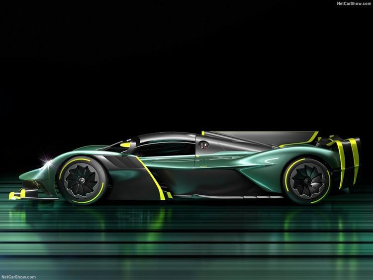Aston_Martin-Valkyrie_AMR_Pro-2022-1280-04.jpg