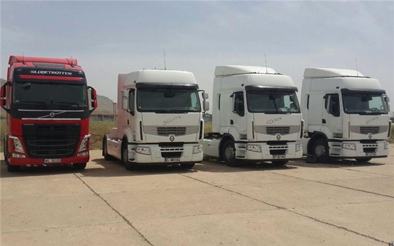 داستان خاک خوردن 2 هزار کامیون اروپایی در گمرک ایران!