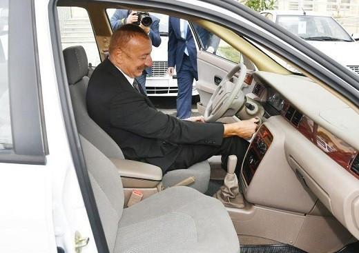 رئیس جمهور آذربایجان پشت فرمان سمند ایران خودرو