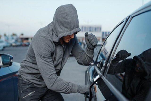 توصیههای جدی پلیس برای جلوگیری از سرقت داخل خودرو
