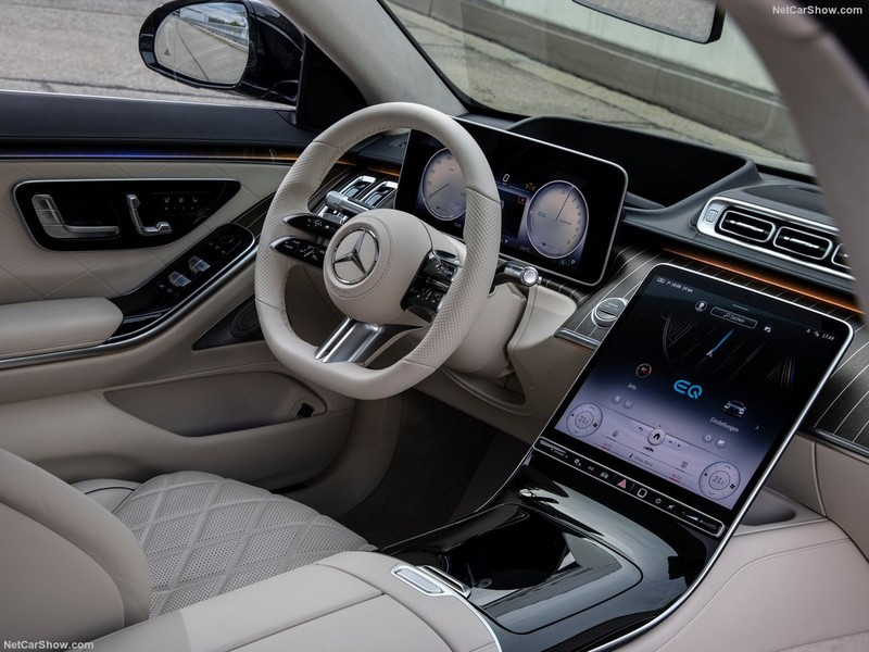 Mercedes-Benz-S-Class_Plug-in_Hybrid-2021-1024-30.jpg