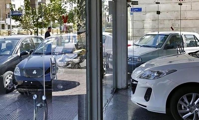 در بازار خودرو فعلا خبری از کاهش قیمت نیست - لیست نرخ خودروها 5 مرداد 1400