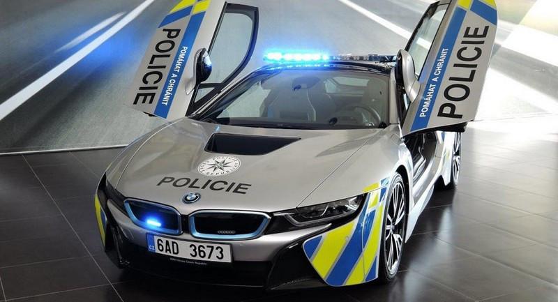 BMW-i8-Police-Car.jpg