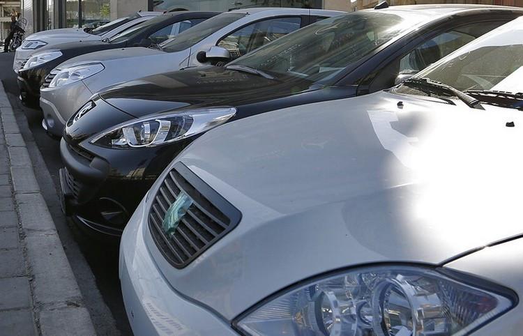 بازار خودرو کشش افزایش بیشتر قیمت ها را ندارد ؛ 11 مرداد ۱۴۰۰