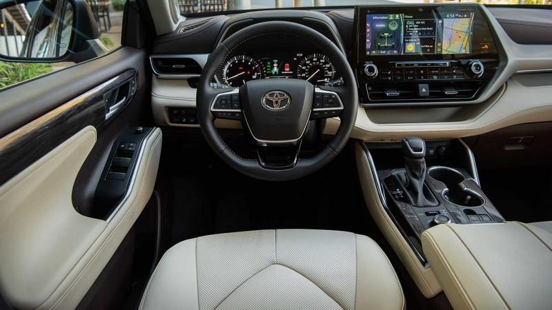 2020-toyota-highlander-first-drive (3).jpg