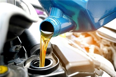علایمی که نشان میدهند خودرو شما نیاز به تعویض روغن دارد
