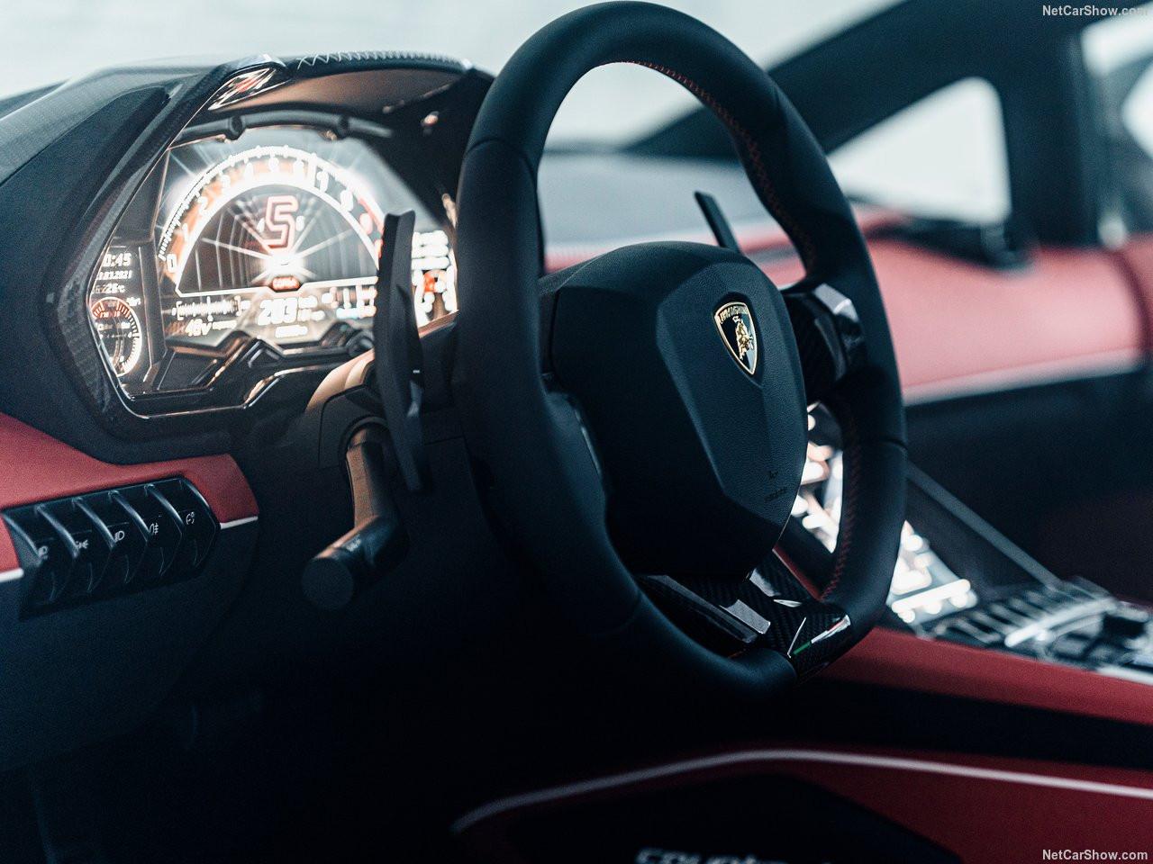 Lamborghini-Countach_LPI_800-4-2022-1280-29.jpg