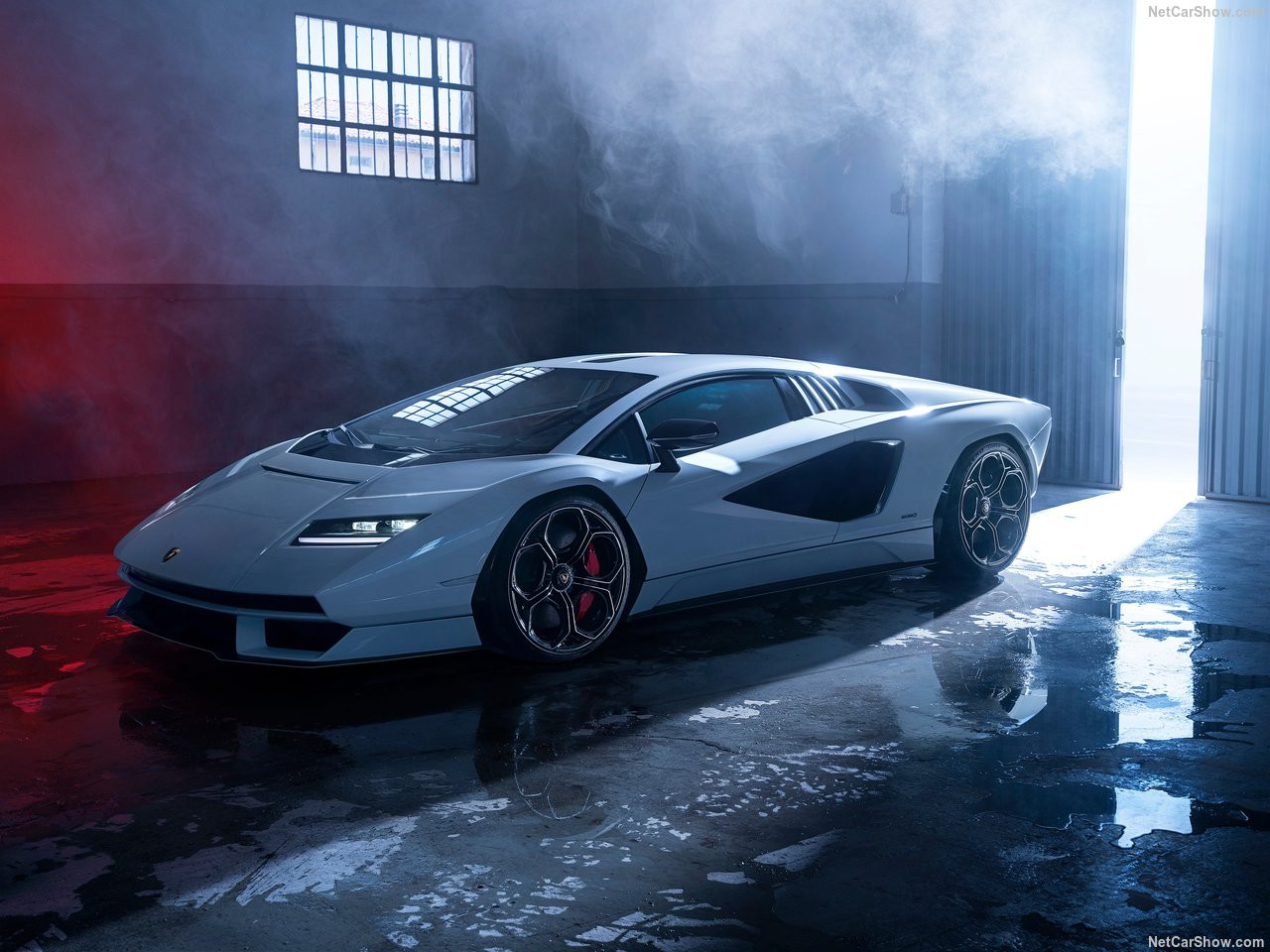 Lamborghini-Countach_LPI_800-4-2022-1280-04.jpg