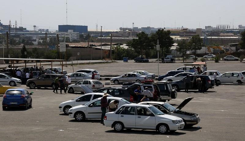 بدون مشتری شدن بازار خودرو در تهران
