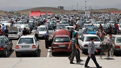 در بازار خبری از کاهش قیمتها در خودروهای پرتیراژ نیست