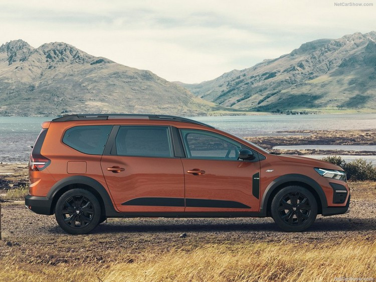 Dacia-Jogger-2022-1024-04.jpg