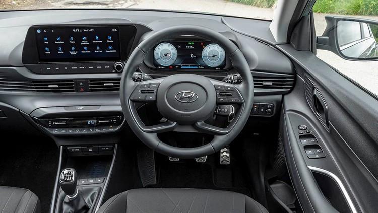Hyundai-Bayon-UK-drive-11.jpg