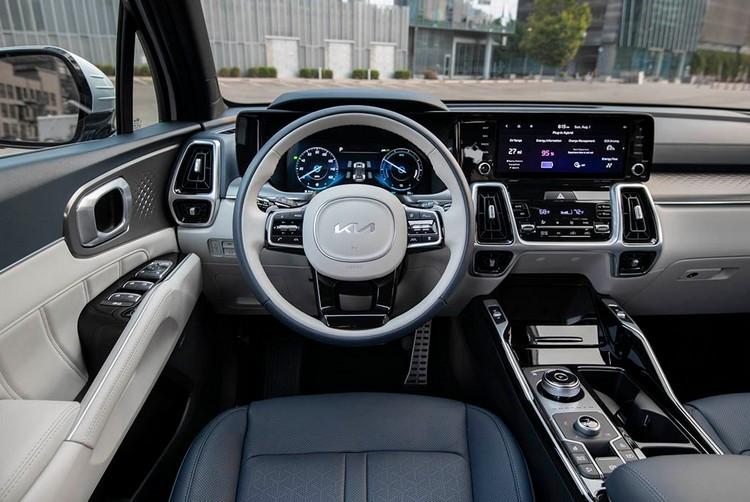2022-Kia-Sorento-Plug-In-Hybrid-1.jpg