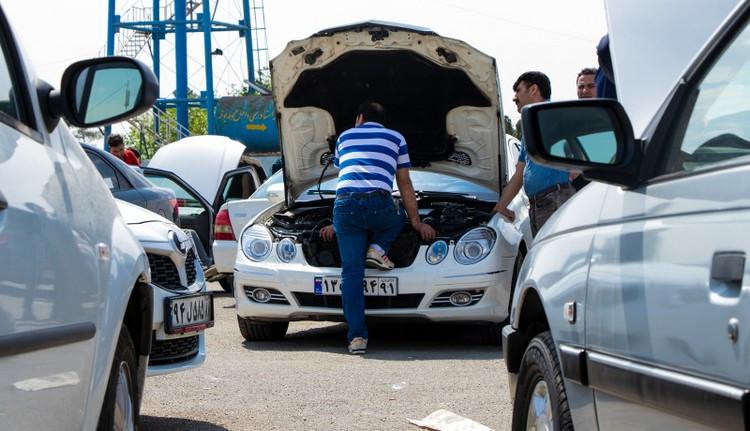 قیمت خودرو در بازار به دنبال ایرادات شورای نگهبان از طرح واردات صعودی شد