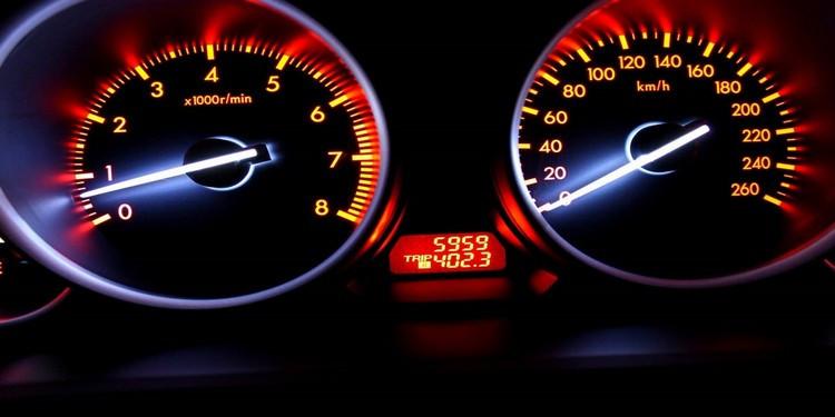 روش تشخیص کارکرد واقعی و یا مسافت طی شده خودرو چیست؟