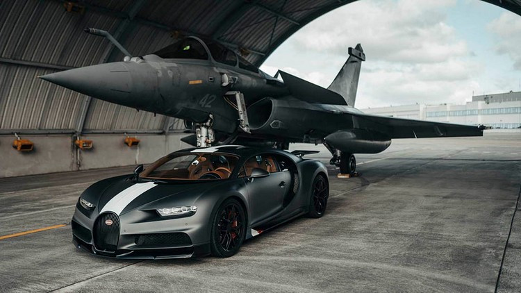 bugatti-chiron-pur-sport-rafale-marine-2.jpg